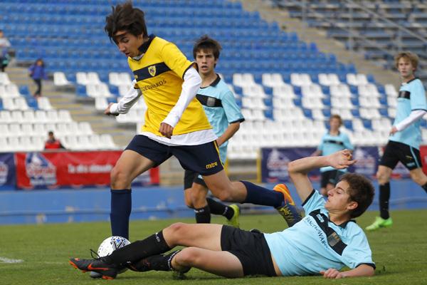 Fútbol, Saint George's College v Colegio Tabancura.