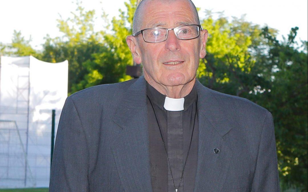 Falleció padre Robert Simon C.S.C
