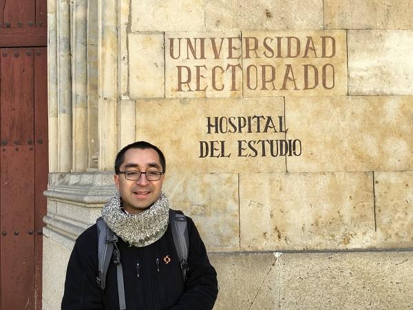 """Padre Rodrigo Valenzuela C.S.C defendió su tesis doctoral relativa a la categoría del """"profesor pastor"""""""